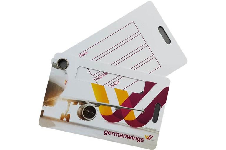 Plastikkarten mit Personalisierung Schreibfeld.jpg